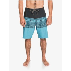 Quiksilver Waterman Angler Triblock 20in Beach Shorts Celestial Front