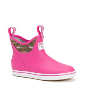 Xtratuf Womens 6in Fishe Ankle Deck Boot Pink Trout